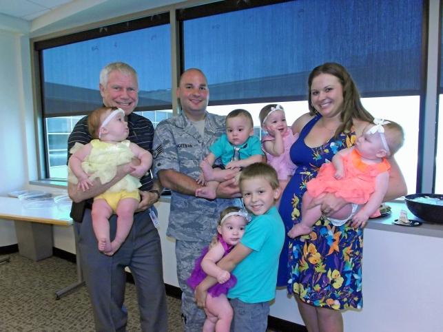 Hoffman family and Dr Elliott.JPG